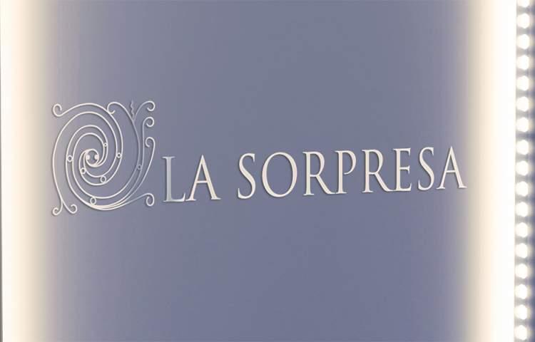 villa-La-Sorpresa_Logo_Redline_Company